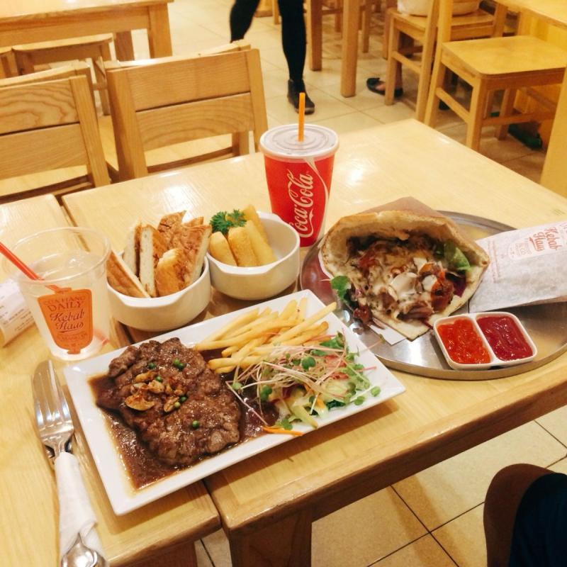 Top 4 Quán cà phê bánh ngọt ngon tuyệt tại phố Yên Phụ, Hà Nội