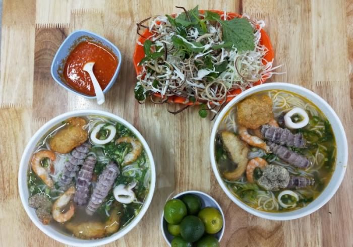 Bún Cua hải sản Lê Thái