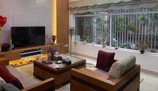 Mặt phố Quán Thánh, Ba Đình, kinh doanh siêu đỉnh, vỉa hè cực rộng, giá bán nhanh 11 tỷ